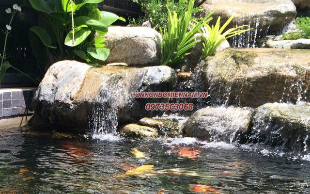 Hồ cá kết hợp thác nước